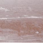 Vista del Campo de vuelo con las casas y el excelente hangar