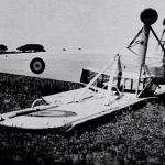 """Un Avión Fieseler """"storch"""" que capotó al tomar tierra sin mas daños que lamentar"""