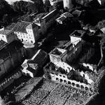 El Palacio de Estrada, donde se hace la fiesta de la Bombilla, se sembraba en aquellos años como se aprecia en la foto aérea